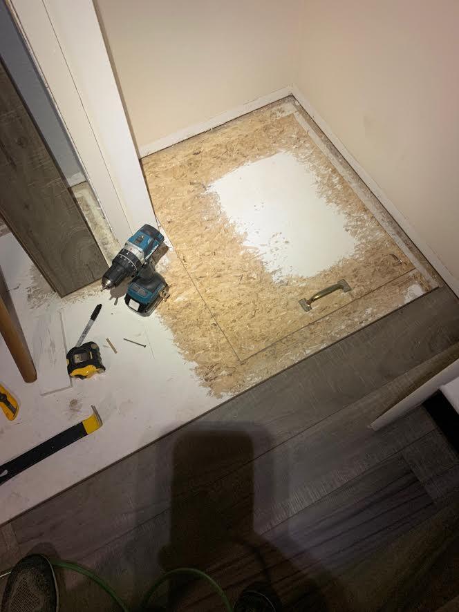 Laminate flooring-0.jpg