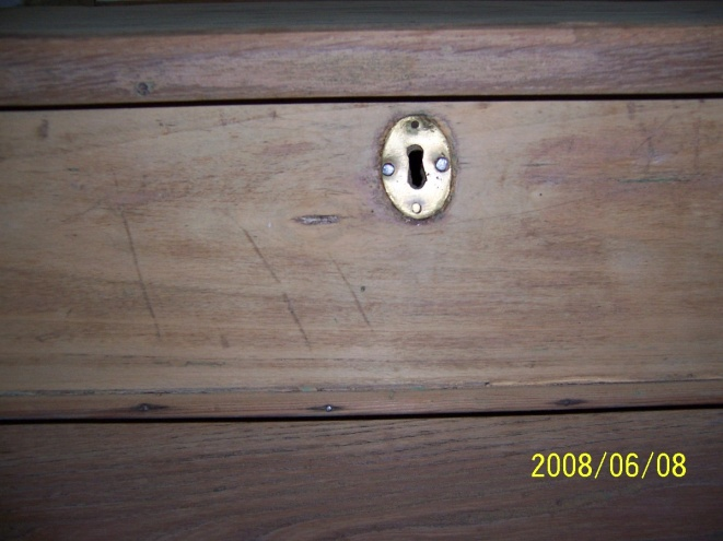 Old flip top school desk-000_0326.jpg