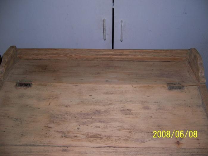 Old flip top school desk-000_0327.jpg