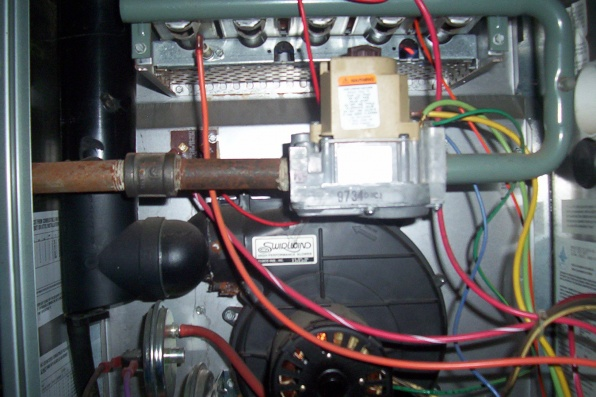 Pump for a furnace question! PLEASE HELP! . VERY COLD LOL-000_2008.jpg