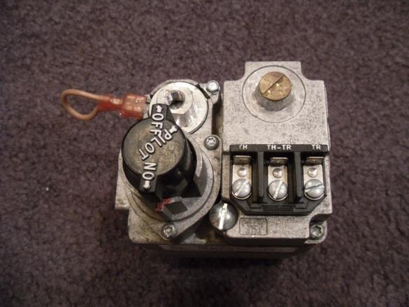 sticking gas valve-001.jpg
