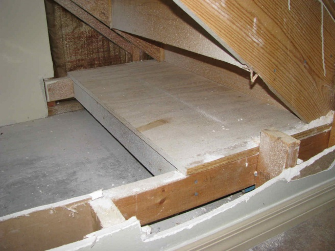 Staircase and stair area renovations-003_optimized-smaller.jpg