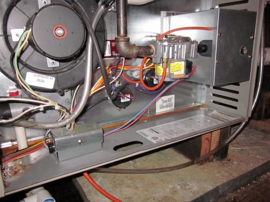 Concord Furnace Leaking Behind Panel of Heat Exchanger-004.jpg
