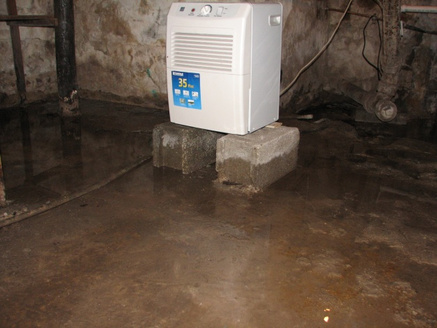 Please Help!  Leaky Basement Floor-004.jpg