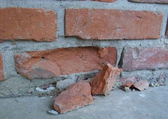 How to repair 1 brick-006.jpg
