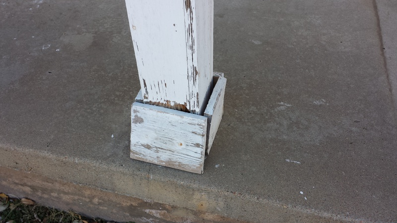 Front porch posts need replaced-007.jpg