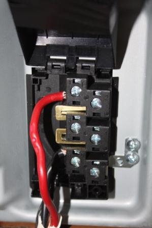 39435d1318432159 installing indesit ceramic hob 011compressed installing a indesit ceramic hob electrical diy chatroom home electric hob wiring diagram at aneh.co