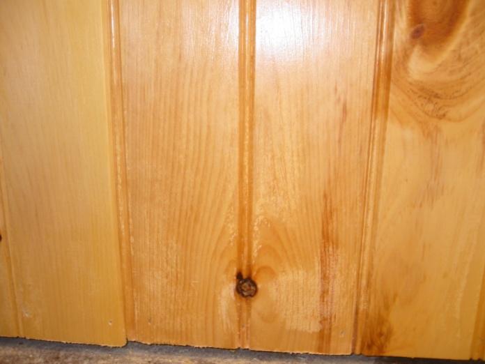 Knotty Pine Problems-013.jpg