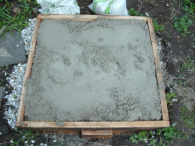 Rebar Placement in a 3x3 concrete pad. Top, bottom or middle?-015.jpg