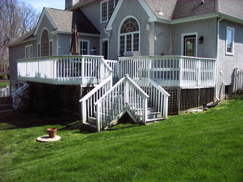 Painting wooden fence and railing-019.jpg