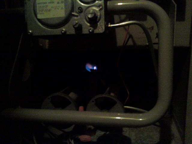 Urgent! House Cold, NO heat, pilot lit (Lennox)-0203091223b.jpg