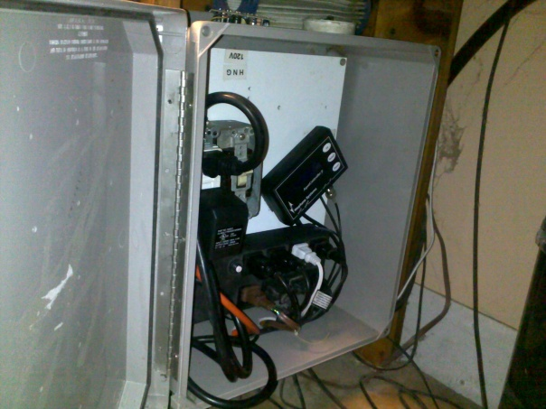 help needed with relay switch-03062012184.jpg