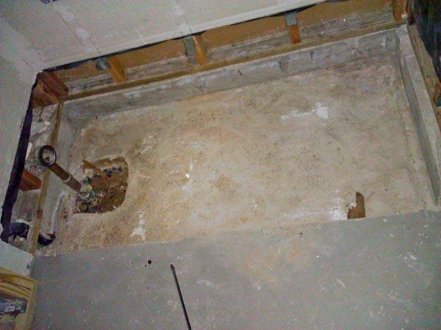 Gap between tub and durock (not lip)-04.jpg