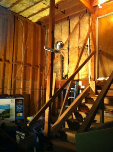 Hanging a beam between posts-047.jpg