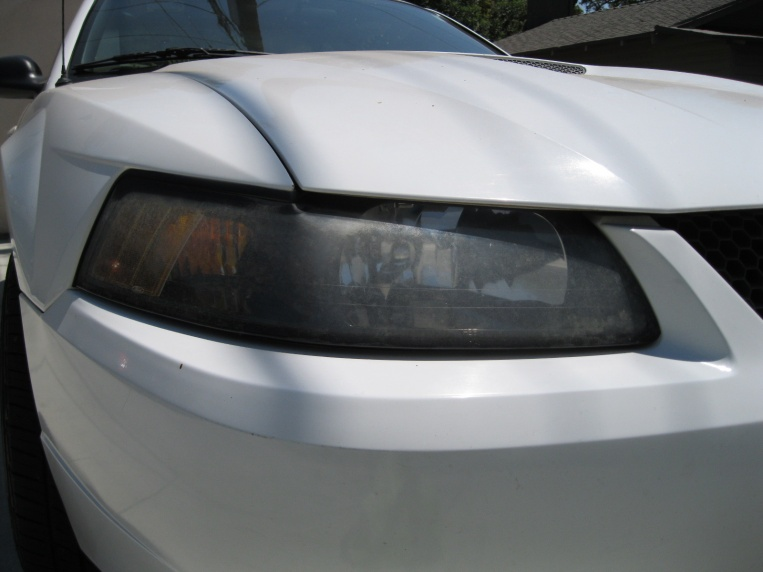 How to remove the haze from your headlight.-051.jpg