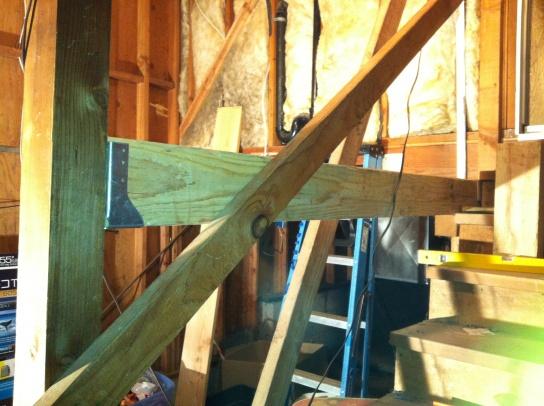 Hanging a beam between posts-052.jpg