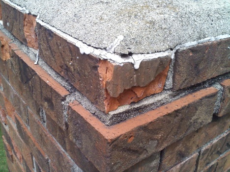 How serious is this Chimney stack brick problem (pics)?-0807091416.jpg