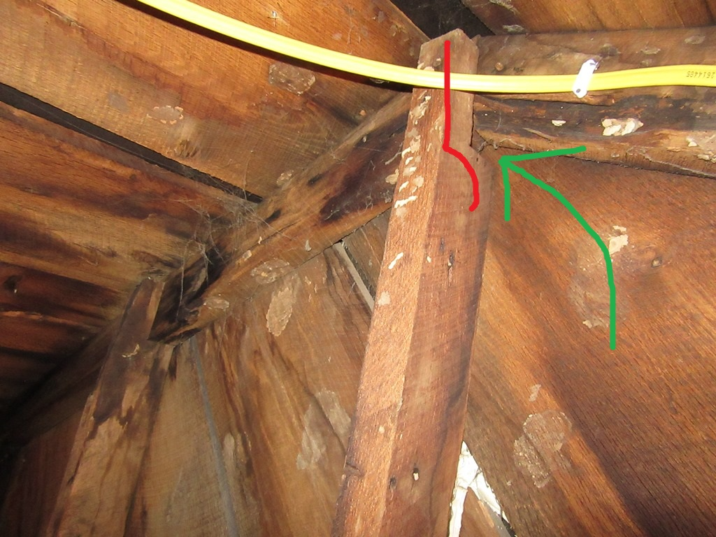 Old roof issues, structural problems, oak planks ect-097.jpg