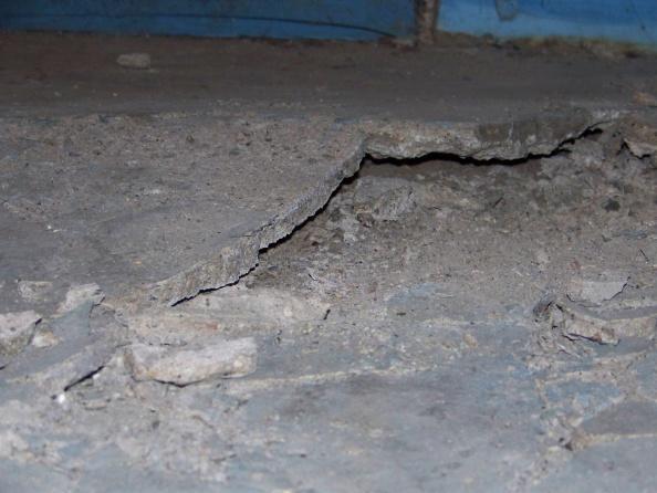 Basement floor cracking and rising...-100_0115.jpg