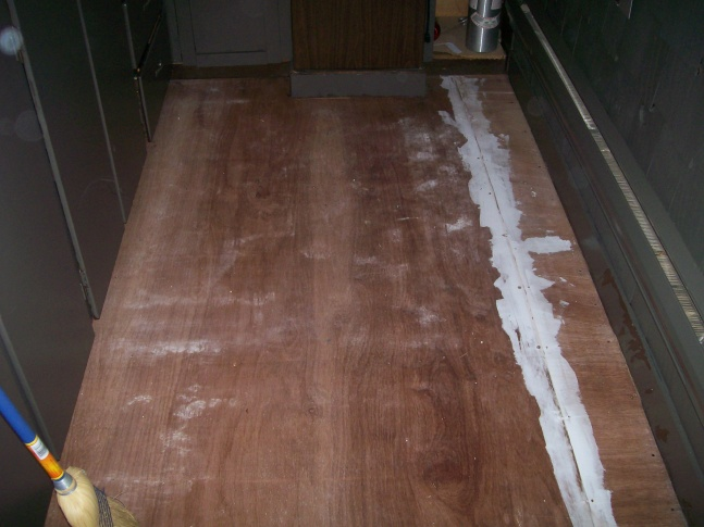 Assuming Asbestos Tile-100_0902.jpg