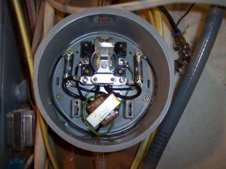 Hot Water Heater Switch or Meter??-100_09612.jpg