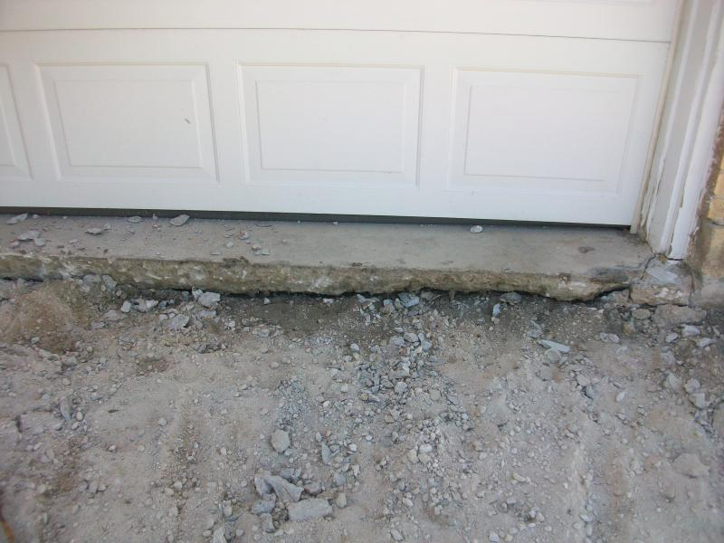 cracked driveway + leaning retaining wall = now what?-100_1080b.jpg
