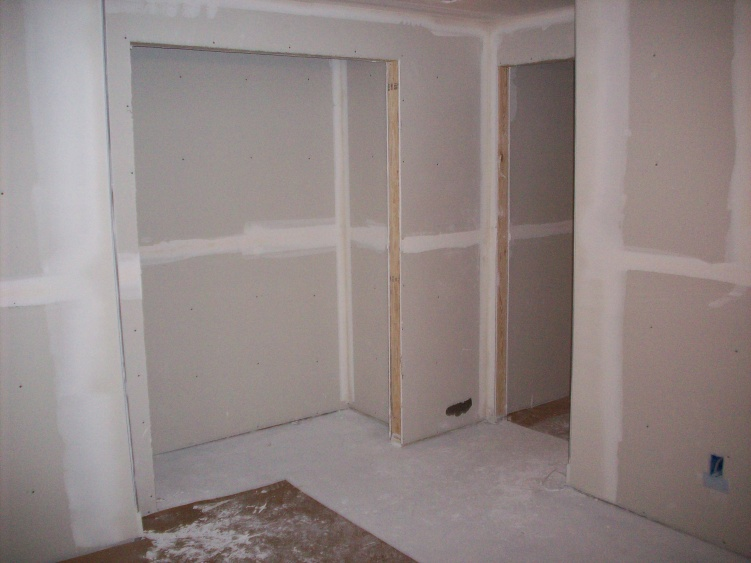 Basement Finish with Projector and Media Cabinet-100_1150.jpg