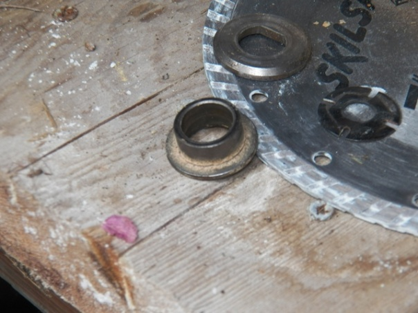 Help with old circular saw-100_1156_0042.jpg