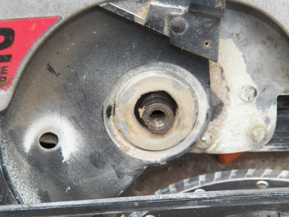 Help with old circular saw-100_1157_0043.jpg