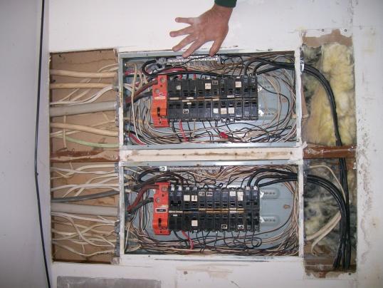murray orange 200 amp main pannel shutoff-100_1481.jpg