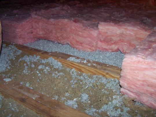 Attic insulation-100_1621.jpg