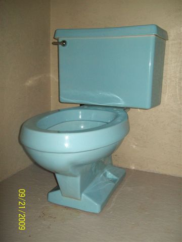 Wide Base Toilets