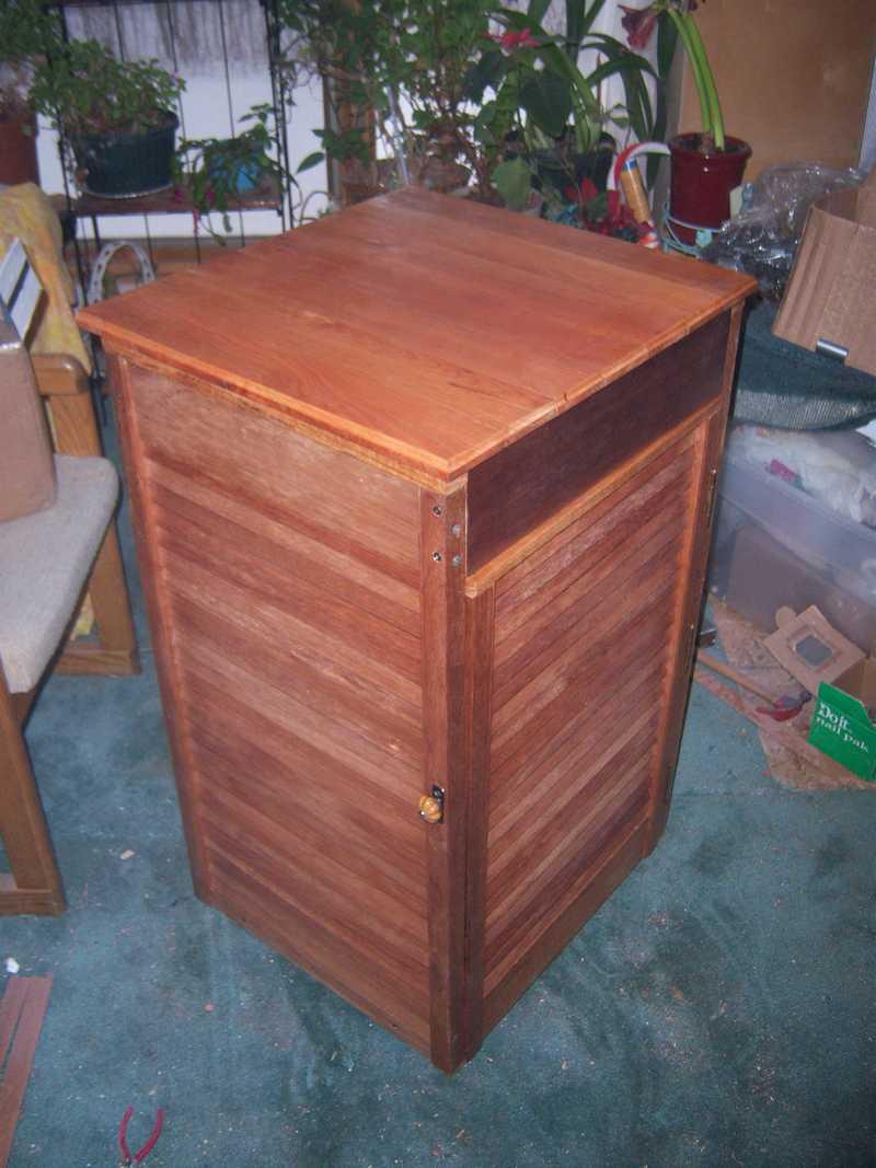 Recycling Folding Closet Doors and Old Flooring.-100_1768-1-.jpg