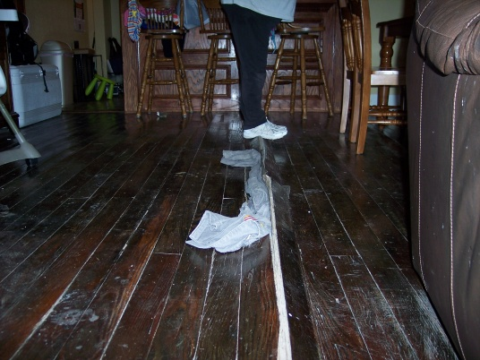 remodeled home with extreme buckling floors-100_1853.jpg