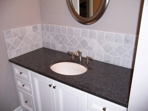 Vanity and backsplash-100_2787.jpg
