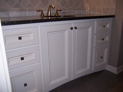 Vanity and backsplash-100_2791.jpg