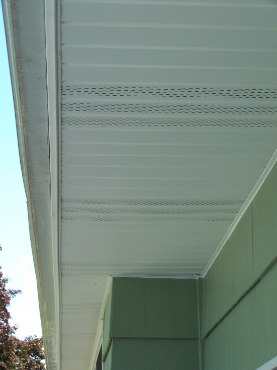 hanging soffit using plastic board fascia-100_3686.jpg