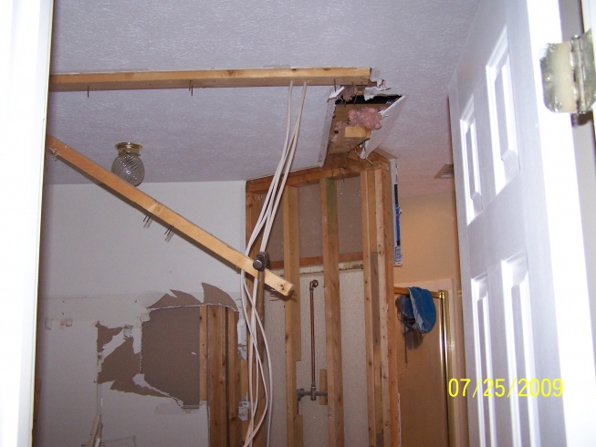 framing out a new wall-100_4822.jpg