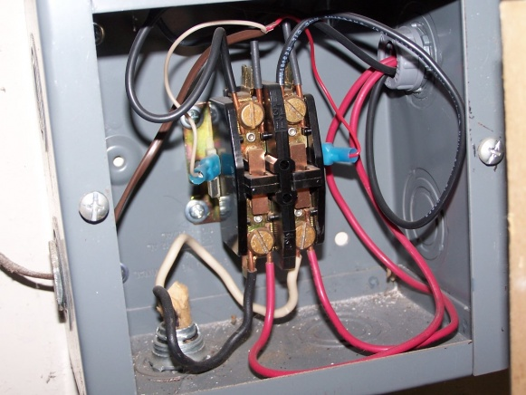 Modification to an existing pump switch-100_5111.jpg
