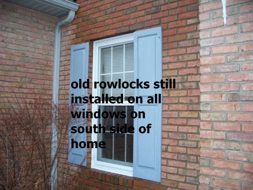 Caulking Vinyl Windows in brick-100_5954.jpg