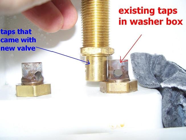 Leaking Oatey washing Machine Shutoff Valve-100_7376.jpg
