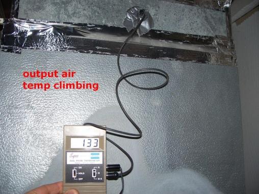 Insulating duct-100_7621.jpg