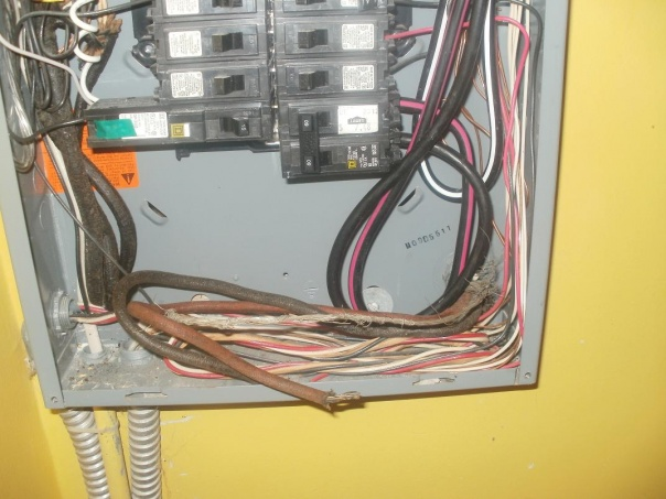 Service move - old panel, separating neutral and ground-100a-panel-bottom.jpg