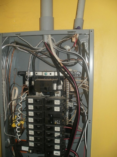 Service move - old panel, separating neutral and ground-100a-panel-neutral-ground-rh.jpg
