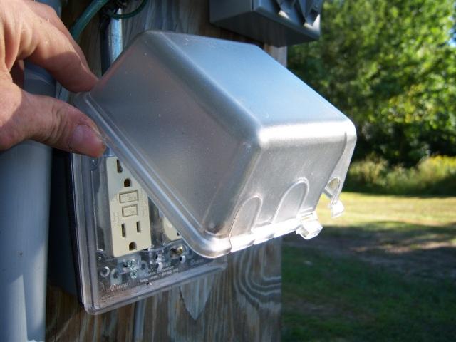 Outdoor Lighting Hookup Problem-100v.jpg