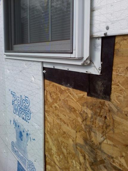 Foam board vs Styrofoam-backed siding-1012101350a.jpg