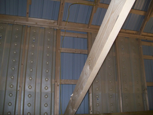 metal roof condensation-101_0134.jpg