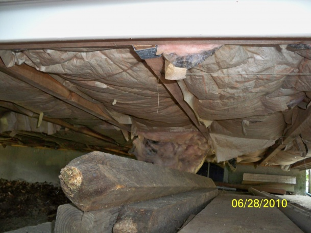 Installing insulation under addition.-101_0409.jpg