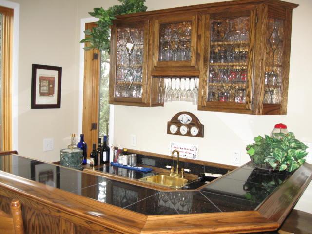 old cabinets...-1026-sale-prelim-inter4ior-pics-019.jpg