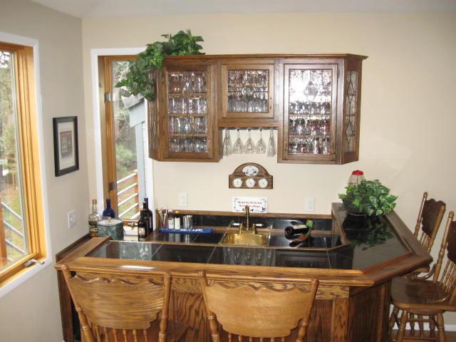 old cabinets...-1026-sale-prelim-inter4ior-pics-029.jpg